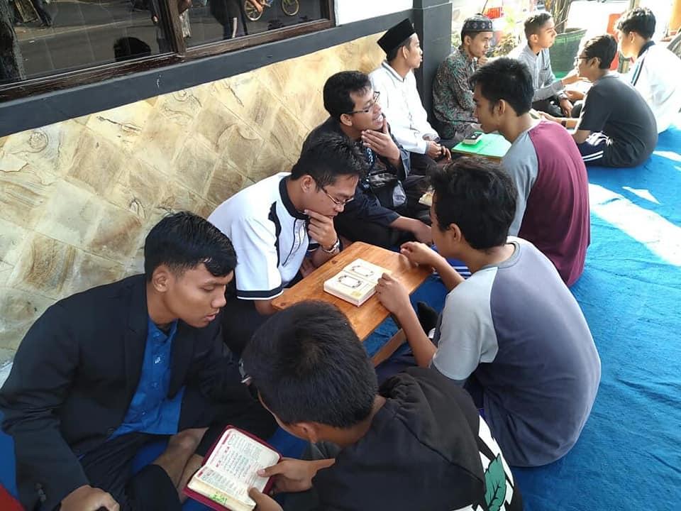 Pondok Tahfidz di Jawa Timur cover